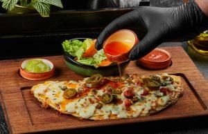 Huqqa pizza